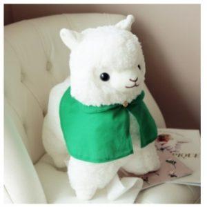 Мягкая игрушка белая Лама в зеленом плащике, 35 см