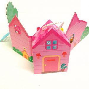 Кукольный домик с капсулой и мебелью
